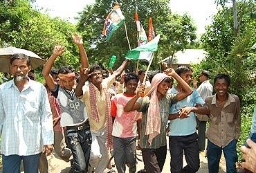 Trinamool supporters celebrate