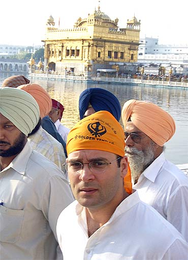 Rahul Gandhi at the Golden temple in Amritsar