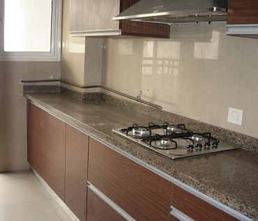 The kitchen in one of the ready sample flats in building number 9