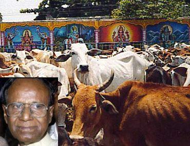 Karnataka Minister Dr Mumtaz Ali (inset)