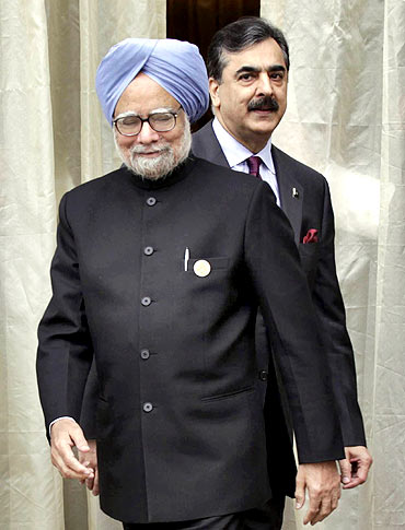 Dr Singh and his Pakistani counterpart Yousuf Reza Gilani at the SAARC summit in Thimphu