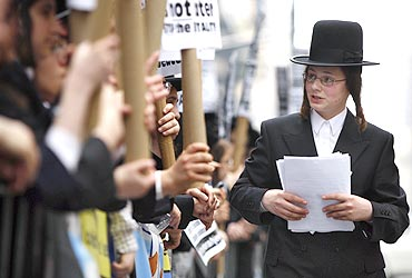 Orthodox Jewish demonstrators in NYC