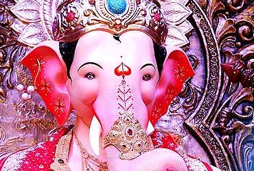 Mumbai's grandest Ganpati: Lalbaugcha Raja