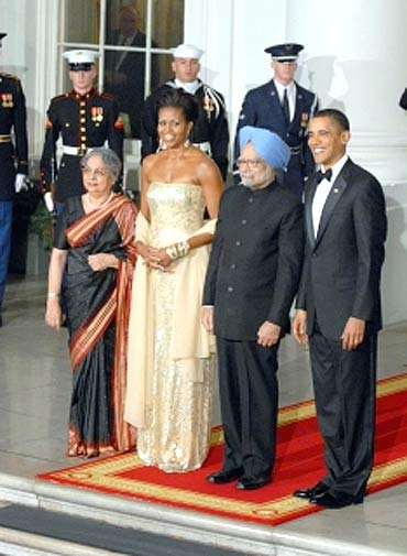 Dr Singh and his wife Gursharan Kaur with US President Barack Obama and First Lady Michelle