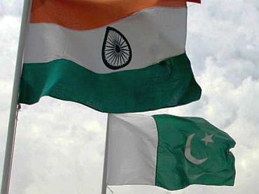 No takers in Pak for Musharraf's Kashmir solution?