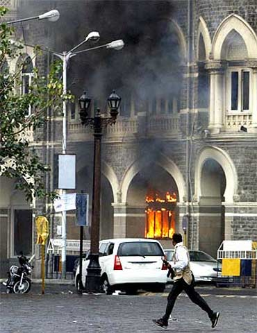 The Taj Hotel burns during the 26/11 attacks