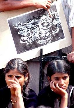 Bhopal gas tragedy survivors hold a dharna near Parliament