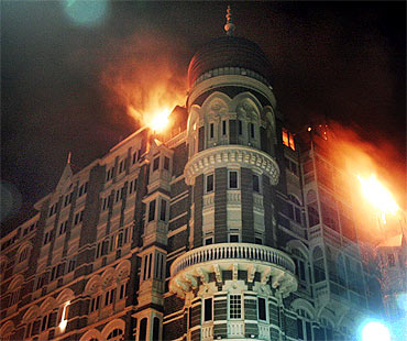 Taj Mahal Hotel in Mumbai burns during the 26/11 terror attacks
