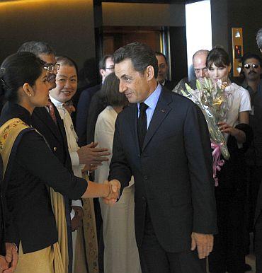 Sarkozy honours 26/11 heroes