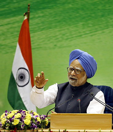 Prime Minister Manmohan Singh speaks during a news conference in New Delhi