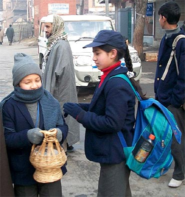 No winter vacations for Kashmir students!
