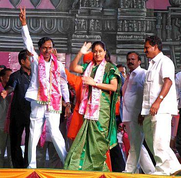 Roar for Telangana rises again