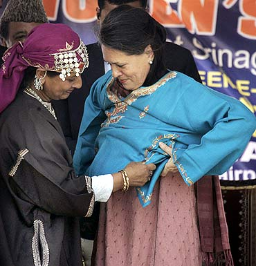 Sonia Gandhi attends a women's meet in Srinagar