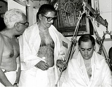 A file photo of Karunakaran with Rajiv Gandhi