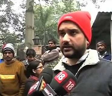 Screen grab of Rohit Shekhar talking to media persons