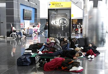 Passengers stranded at JFK International Airport