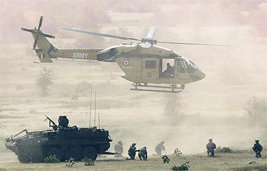 An Indian Army Dhruv helicopter during  Yudh Abhyas 09, a joint Indo-US training exercise in Babina