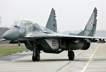 Indian Aircraft Carrier on Indian Navy Inducts Mig 29k Fighter Planes   Rediff Com India News