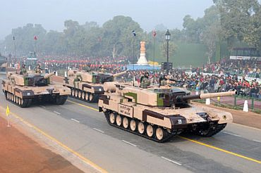 The MBT Arjun Tanks passes through Rajpath