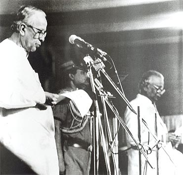 Basu being sworn in as Bengal CM for the fifth time in May 2000 by Governor K V Raghunath Reddy