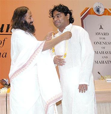 Sri Sri Ravi Shankar with A R Rahman