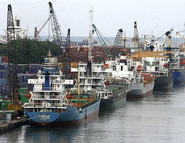 Cargo ships at a Chinese harbour
