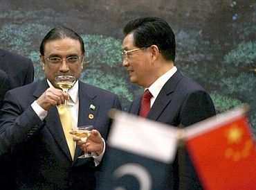 Danger lurks behind Pak-China nuclear deal!