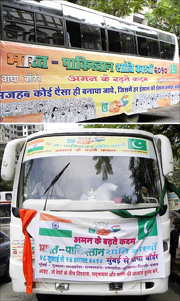 The bus that will take the India-Pakistan Peace Caravan to Atari outside August Kranti Maidan in Mumbai