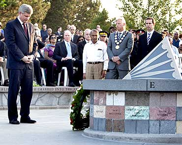 Canadian PM Stephen Harper paying homage at the Kanishka victims' memorial