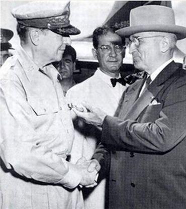 MacArthur with President Truman