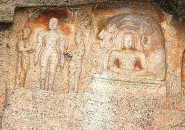 Inside the cave temples in Yaanaimalai