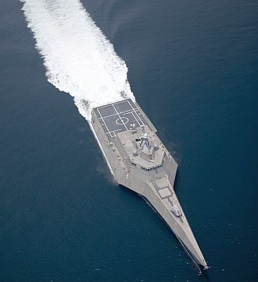 Littoral Combat Ship USS Independence sails in the Gulf of Mexico