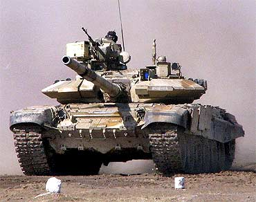 A Russian T-90 in action