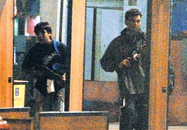 Ajmal Kasab and Abu Ismail leave CST during their murderous rampage