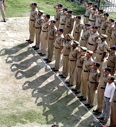Senior Indian police officers at a wreath-laying ceremony for fallen colleagues in Srinagar, September 13, 2009.