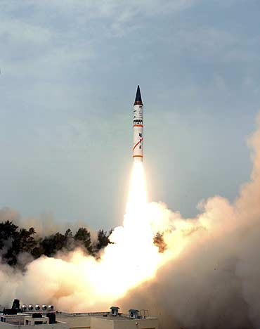 India's nuclear-capable Agni-III missile takes off