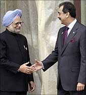 Dr Manmohan Singh with Gilani