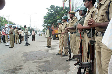 Heavy police deployment to tackle protestors in Hyderabad on Monday