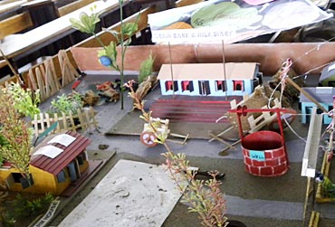 Obama will see this model of an ideal Indian village made by Class 7 students