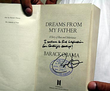 The book Obama autographed at Mani Bhavan