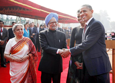 The Singhs and Obamas at Rashtrapati Bhavan, November 8