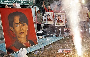 Supporters of Suu Kyi celebrate her release