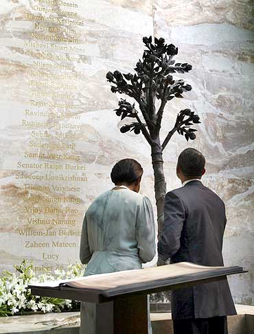 US President Barack Obama with First Lady Michelle Obama at the 26/11 memorial