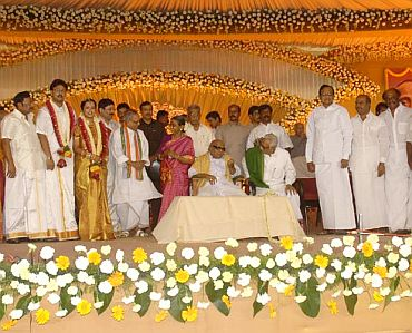 Rajni, Pranab at Alagiri son's wedding