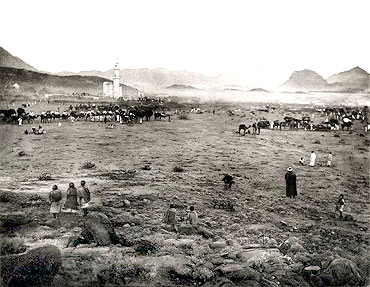 Haj THEN and NOW: 125 years apart