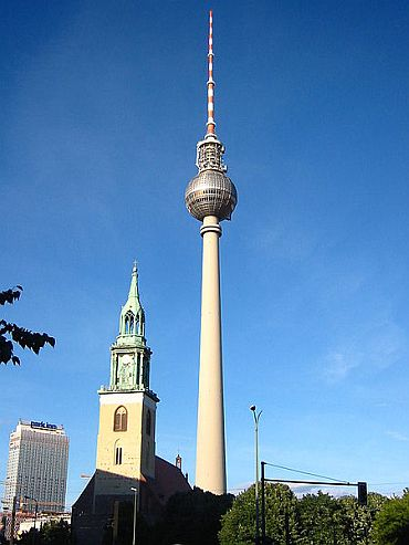 Alexanderplatz TV tower