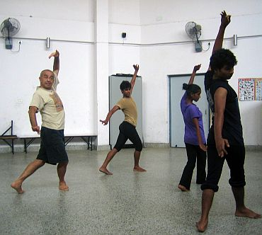 Astad Deboo trains with his students ahead of their performance at the CWG