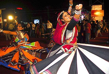 Smashing fun at Garba