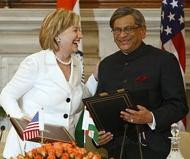 US Secretary of State hillary Clinton with Indian External Affairs Minister SM Krishna