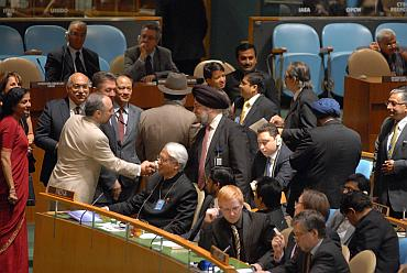 UN members greet Hardeep Puri after India's successful bid